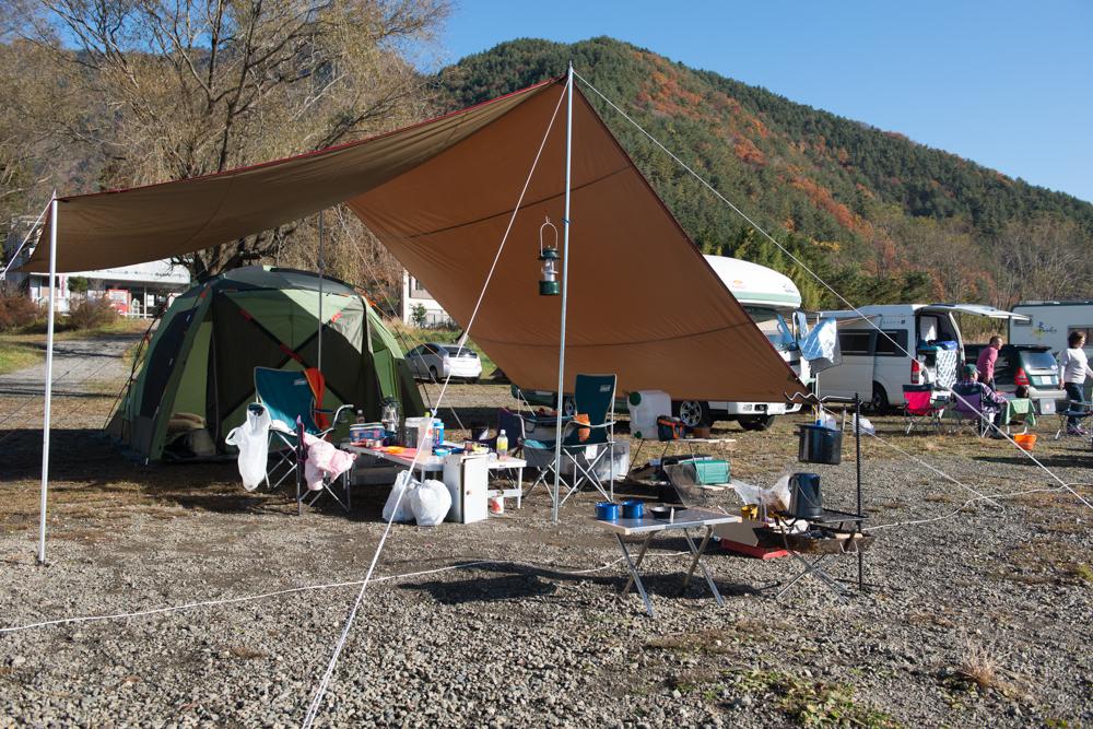 自由キャンプ場テント・タープ
